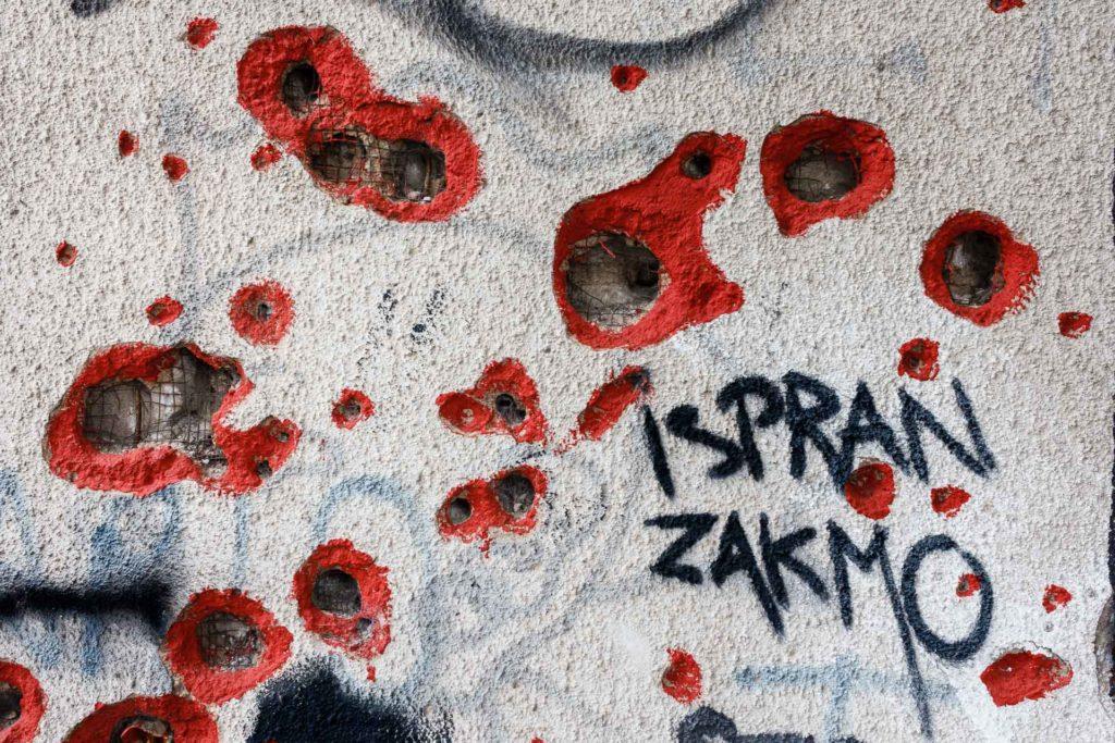 Guerra Mostar Balcanes Graffiti