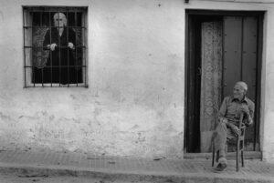Un hombre y una mujer en una fotografía de Cristina García Rodero