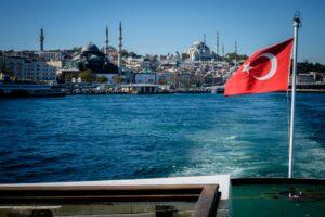 Vista de Estambul de sus Mezquitas desde un ferry