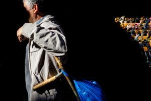 Hombre en mercado Estambul